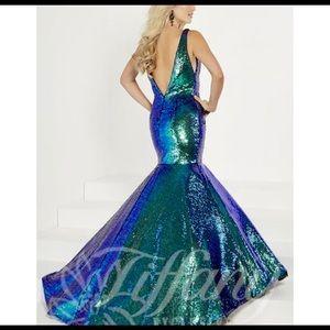 Mermaid style Prom Dress